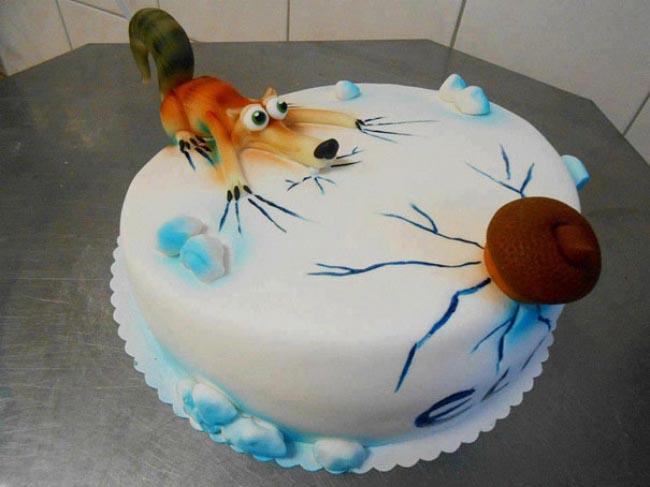 283805-creative-cakes-17__605-650-fa54c55ed5-1482835594